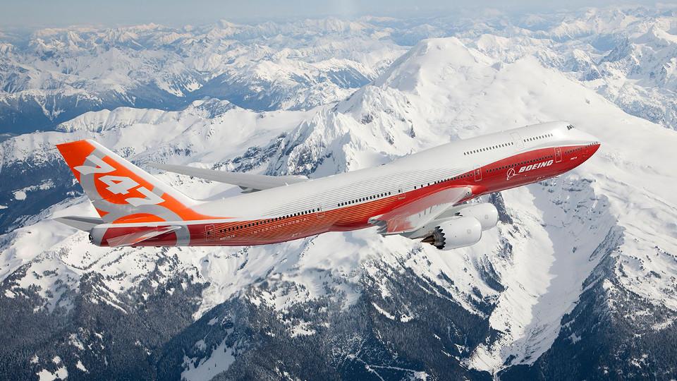 Boeing 747 เครื่องจัมโบ้เจ็ตรุ่นที่สร้างชื่อให้บริษัทอย่างมาก