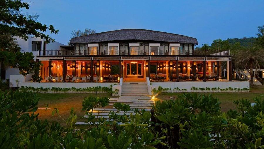 อาณาบริเวณของ Twin Lotus Resort ที่เกาะลันตา // ภาพจาก www.twinlotusresort.com
