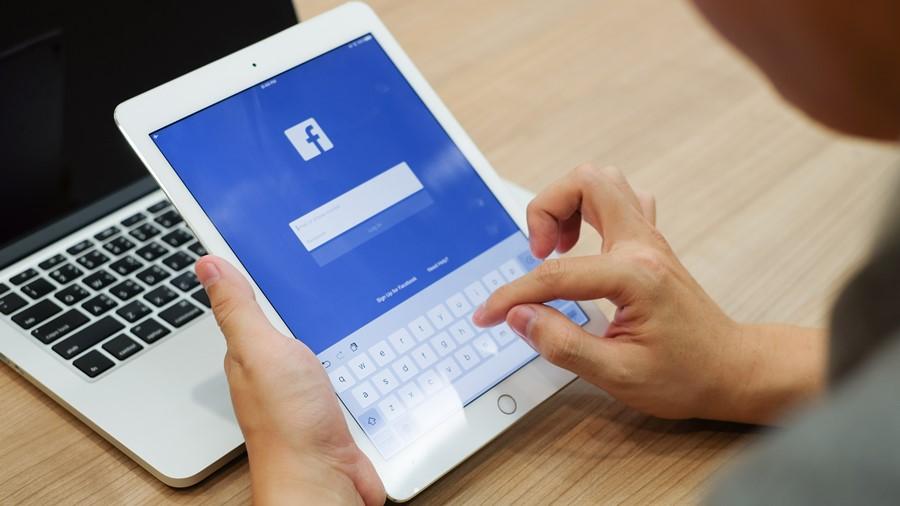 Facebook เฟซบุ๊ค เฟซบุ๊ก