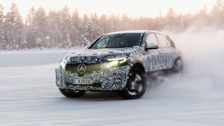 Mercedes-Benz EQC: On the road to series production, prototypes have now successfully completed winter testing in northern Sweden.
