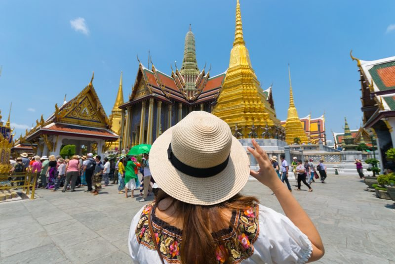 ผลการค้นหารูปภาพสำหรับ นักท่องเที่ยวในไทย 2018