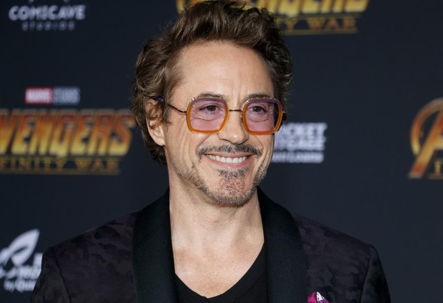 Robert Downey Jr. โทนี่ สตาร์ค Avengers: Endgame