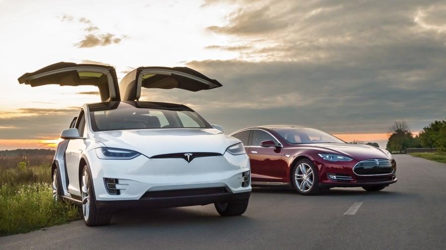 Tesla เทสล่า