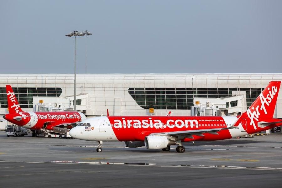 Low cost AirAsia Malaysia Airport แอร์เอเชีย