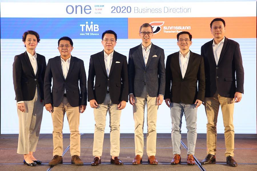 ทีมผู้บริหารธนาคารทีเอ็มบี ธนาคารธนชาต