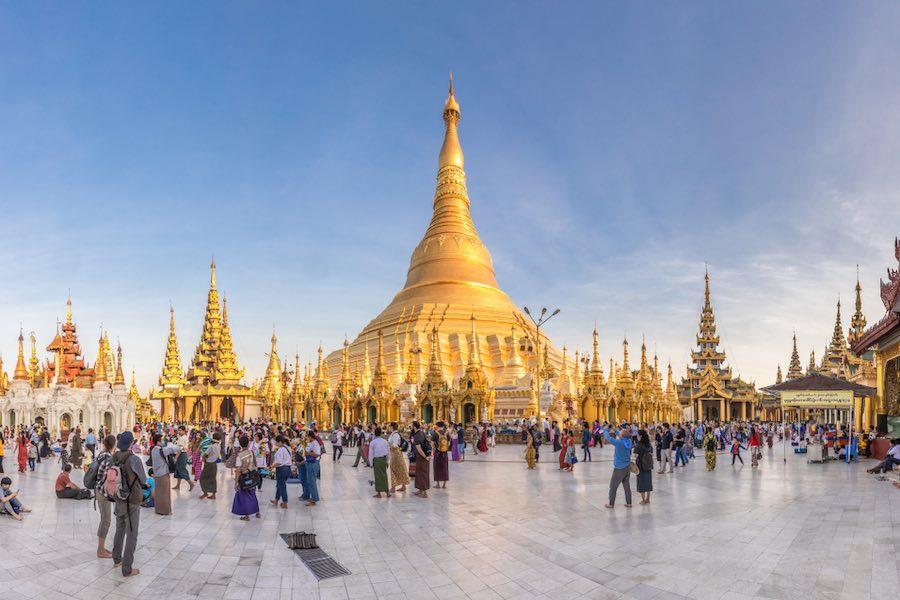 ผลการค้นหารูปภาพสำหรับ Shwedagon Pagoda