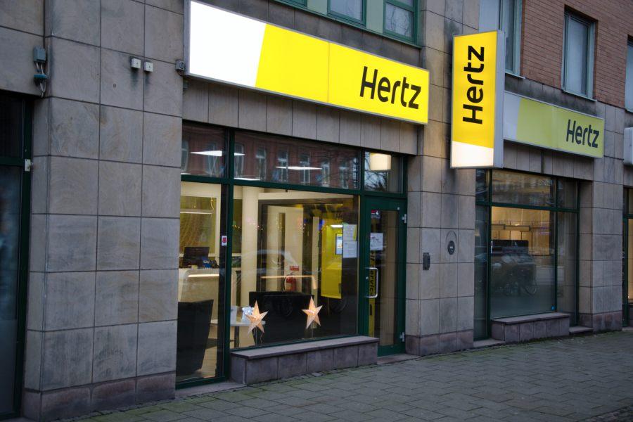 Hertz Car Rental บริการเช่ารถ