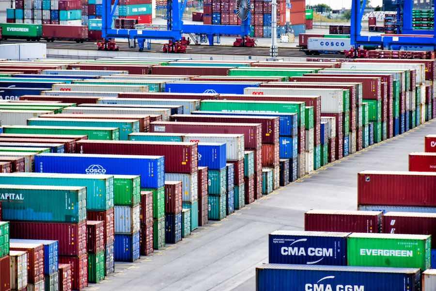 Containers ตู้คอนเทนเนอร์