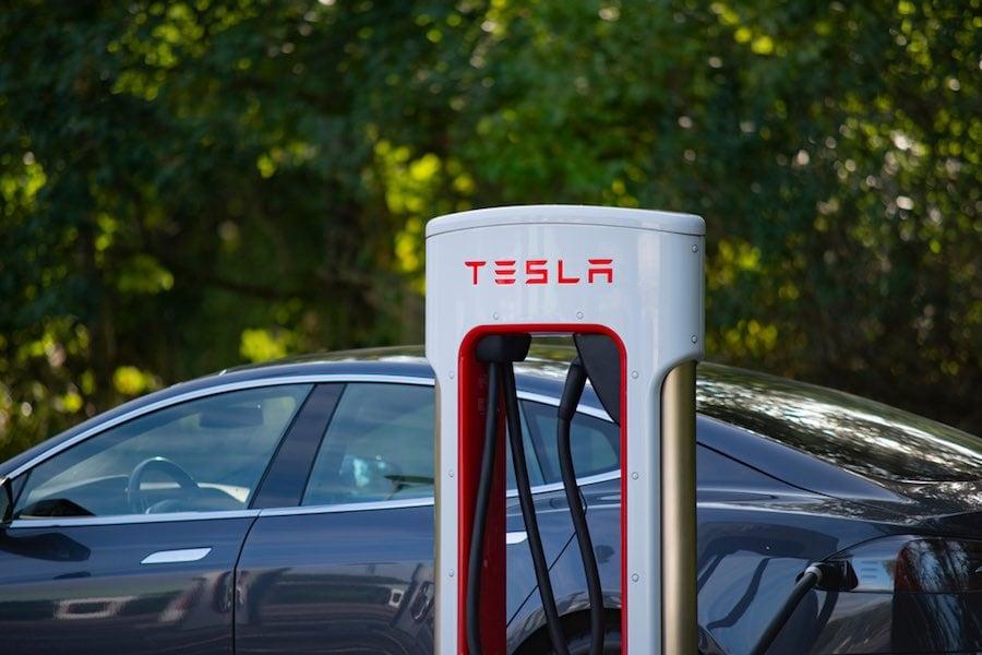 Tesla Motors เทสล่า มอเตอร์