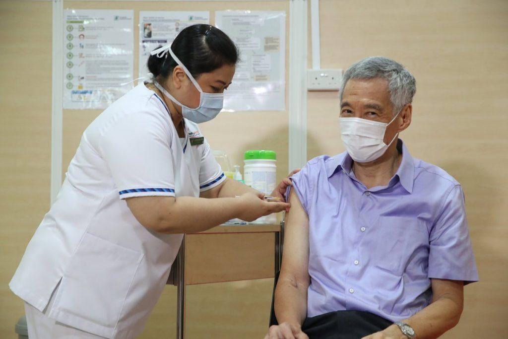 ลี เซียนลุง นายกรัฐมนตรีสิงคโปร์ Lee Hsien Loong Singapore วัคซีนต้านโควิด COVID-19 vaccine