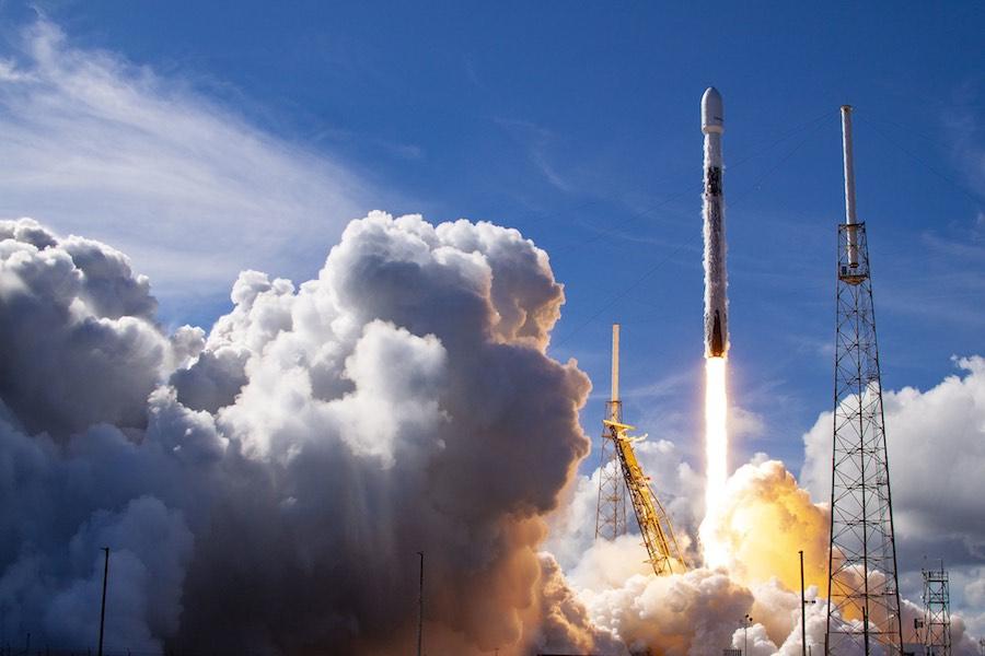 SpaceX สเปซเอ็กซ์