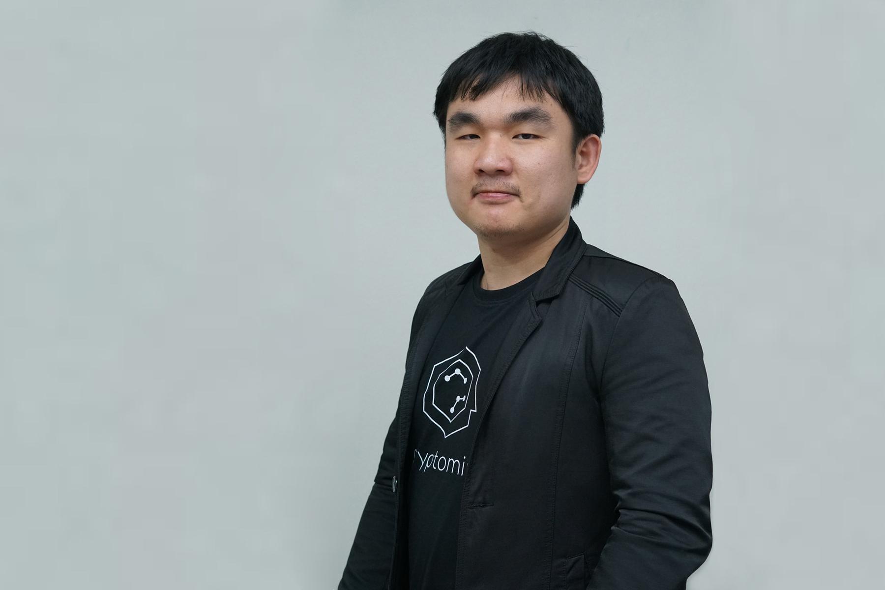 คุณ กานต์นิธิ ทองธนากุล (คิม) ประธานเจ้าหน้าที่ฝ่ายการลงทุน Merkle Capital ผู้ก่อตั้งเพจ Kim DeFi Daddy และ Bitcoin Addict Thailand